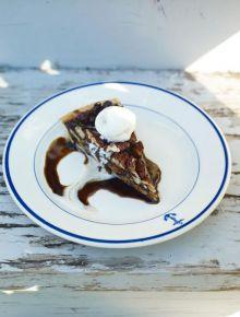 Bourbon pecan tart