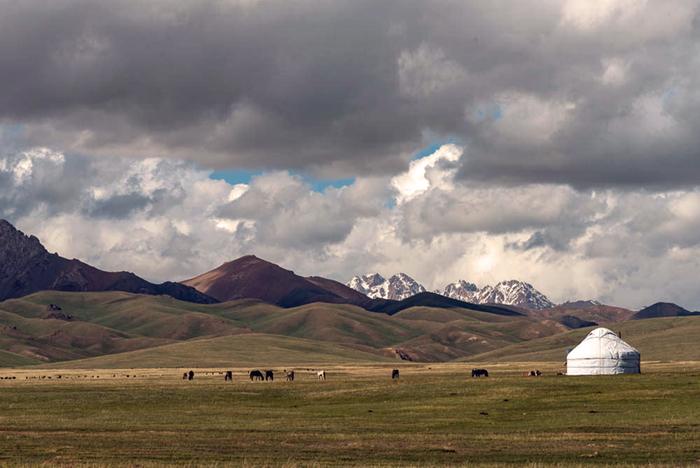 Kirghizistan montagnes