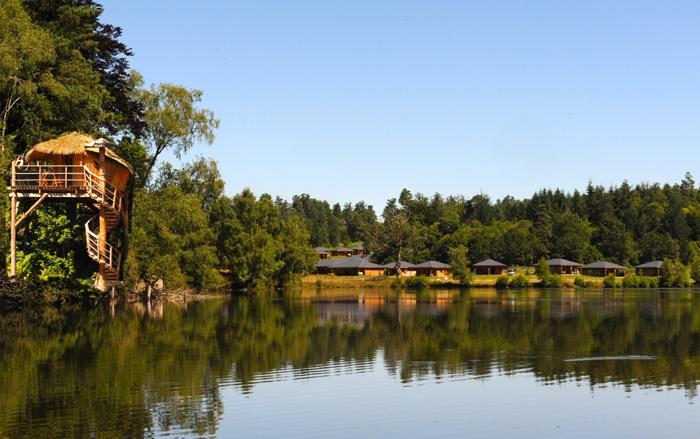vacances en famille en limousin un lot de nature et de bien tre au bord d un lac. Black Bedroom Furniture Sets. Home Design Ideas