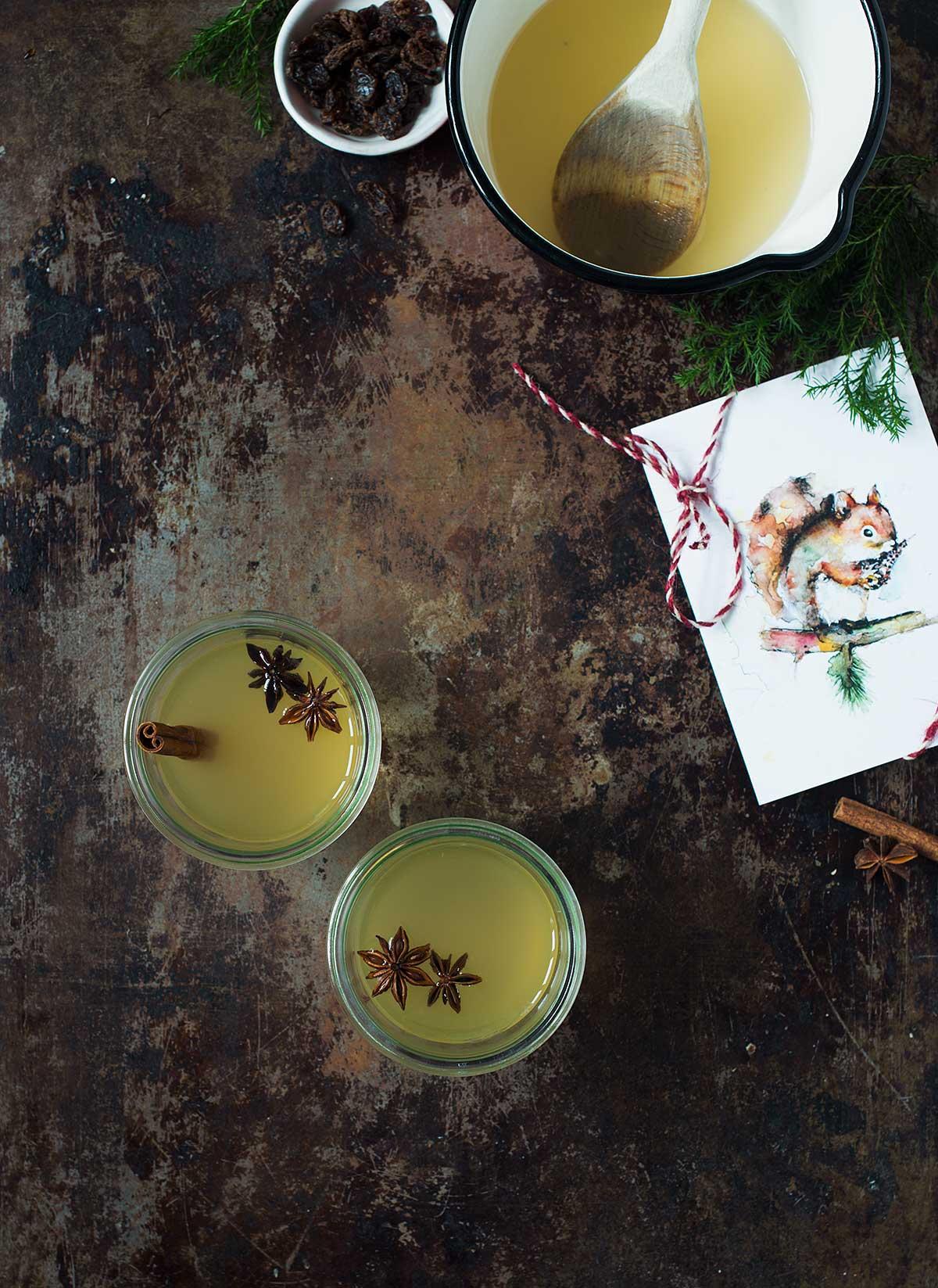 Recept: Vit glögg med äppelmust | Frk. Kräsen