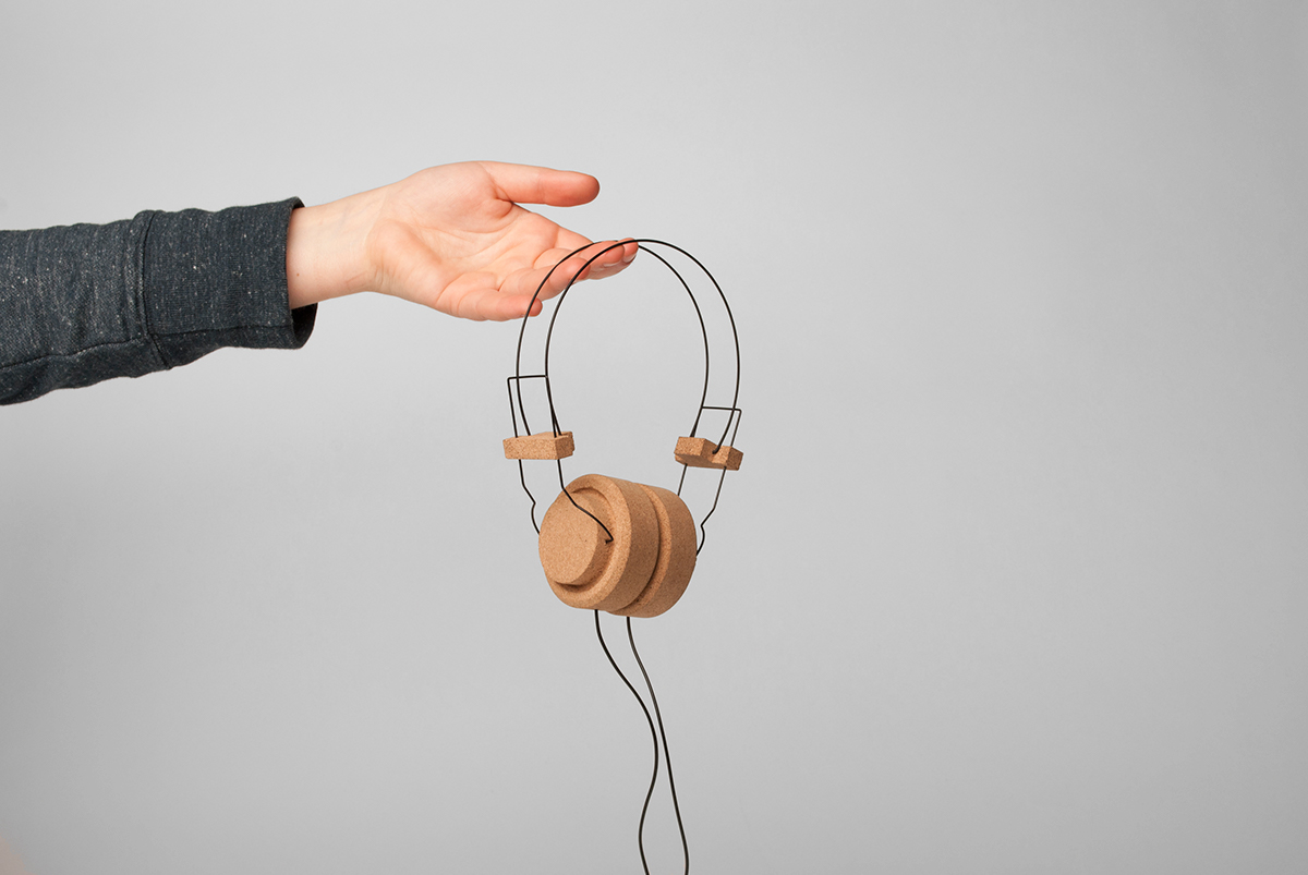 Songs cork headphones by Jacopo Ferrari & Pauline Ariaux
