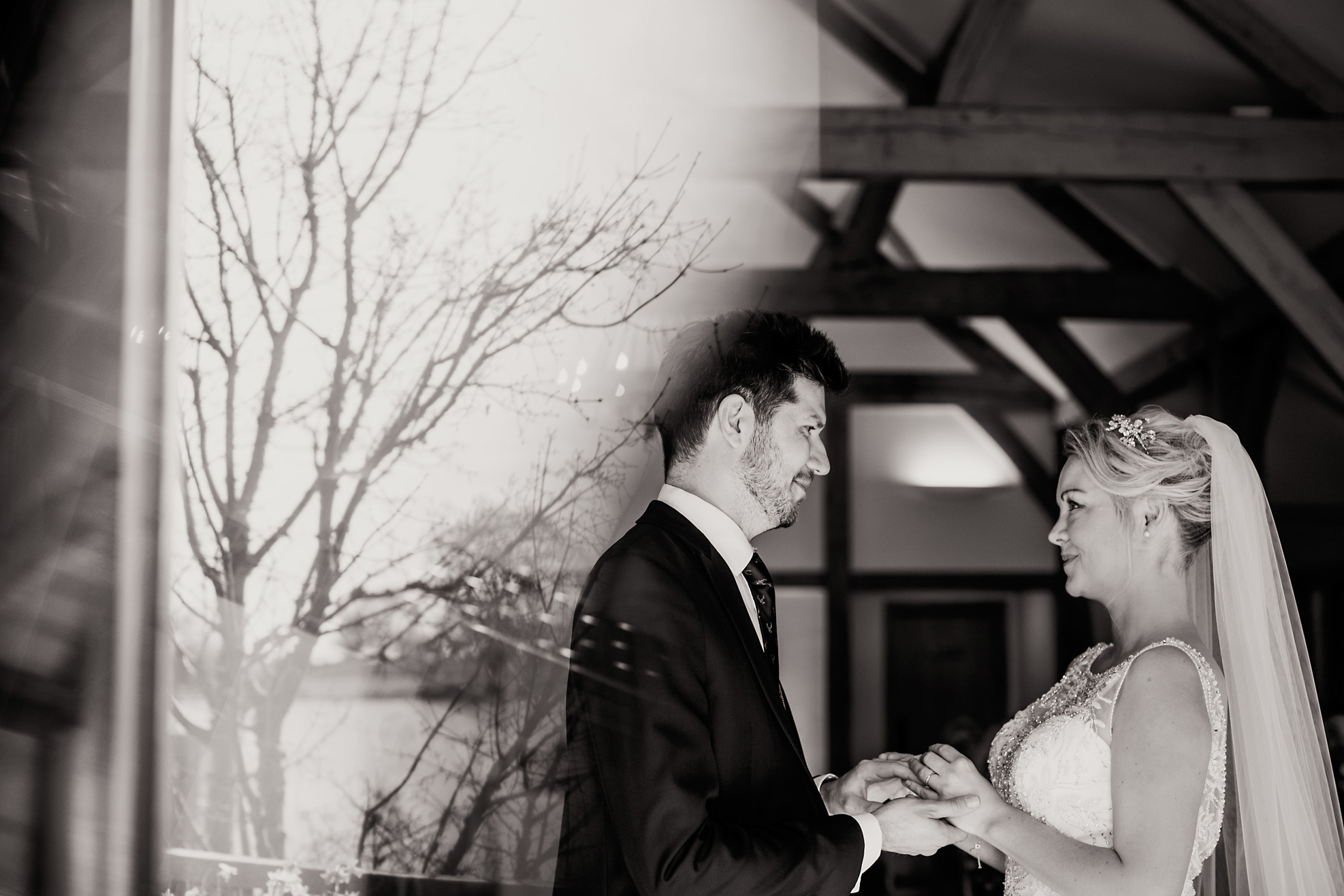 Linda-And-Bruce-Sandhole-Oak-Barn-Wedding-Photography-Kelly-Clarke-Wedding-Photography-475