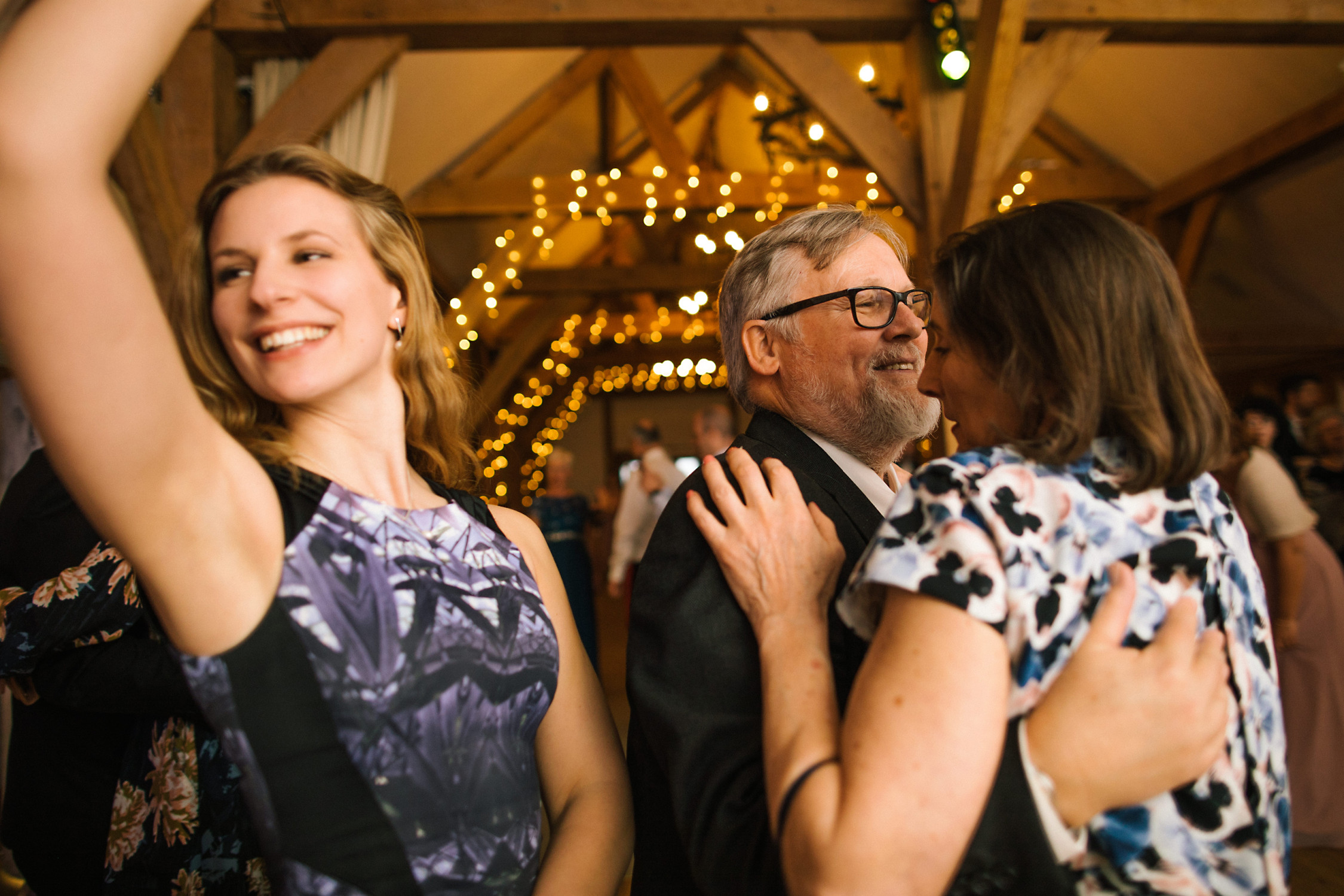 Linda-And-Bruce-Sandhole-Oak-Barn-Wedding-Photography-Kelly-Clarke-Wedding-Photography-964