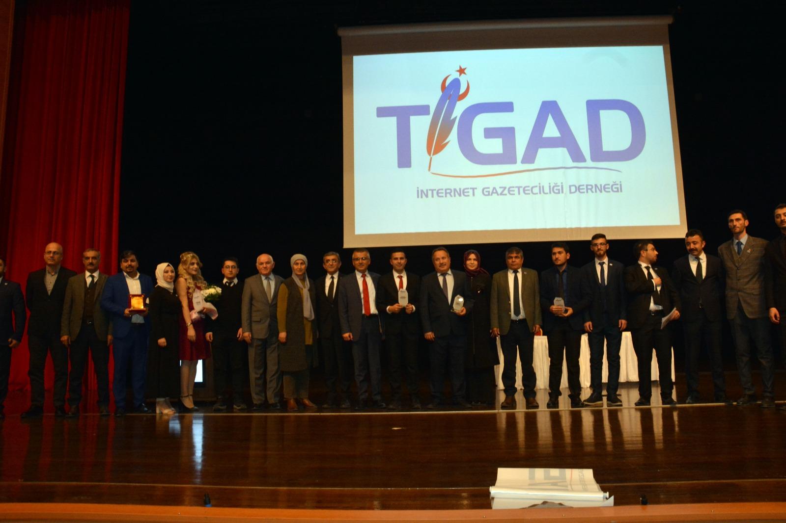 """Kırşehir'de """"Basın Enleri"""" Ödüllerini Aldı"""