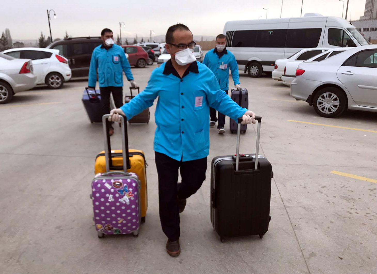 10'u Çinli 12 Kişinin Tedavisi Sürüyor