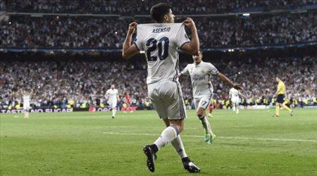 ريال مدريد يكرم جوهرته بالرقم 10
