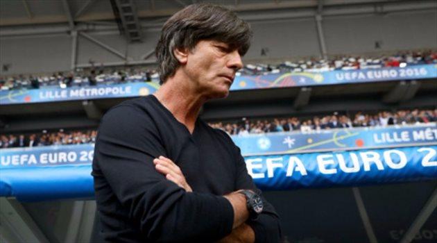 """مدرب ألمانيا : لا نخشى """"العقدة الإيطالية"""""""