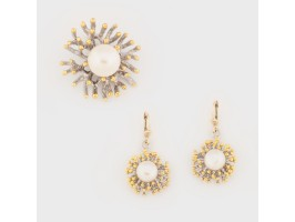 Ingenious Set comprising Earrings and Pendant embellished with Pearls