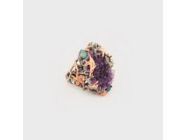 Imposing Ring embellished with Amethyst Druse, Topaz, Peridot and Emerald