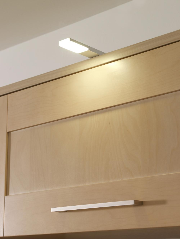 Grace 2.5W LED Under Cabinet Light