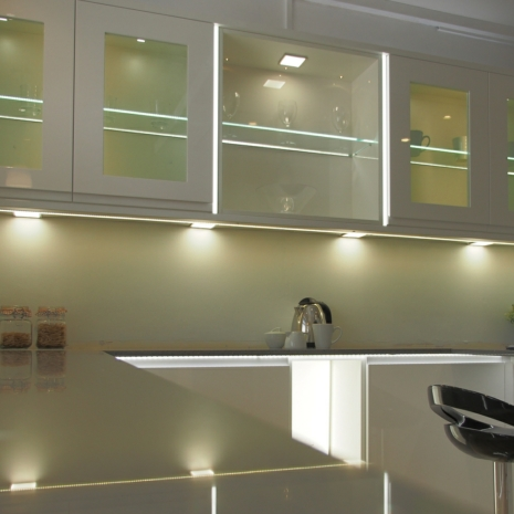 Sirius Under Cabinet High Output Led Flat Panel Square Light