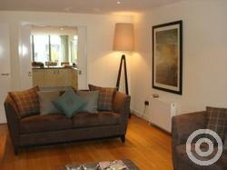 Property to rent in Dundas Street