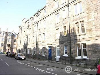 Property to rent in Millar Place, Morningside, Edinburgh        Available 20th November