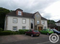 Property to rent in Lumsden Crescent