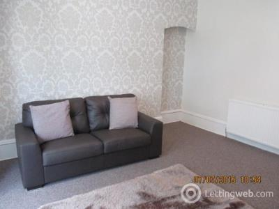 Property to rent in Fonthill Road 1082