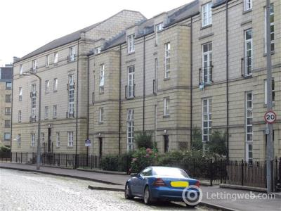 Property to rent in HOPETOUN CRESCENT, NEW TOWN, EH7 4AY