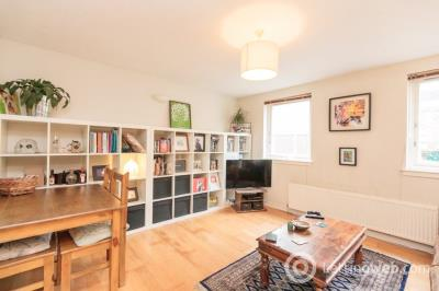 Property to rent in LIDDESDALE PLACE, STOCKBRIDGE EH3 5JW
