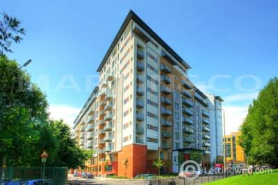 Property to rent in XQ7, Salford Quays, M5