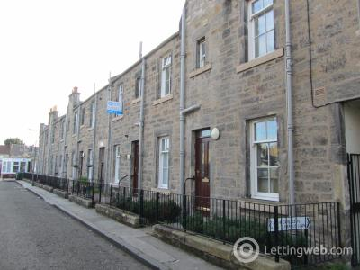 Property to rent in Carlyle Place