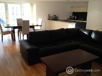 Property to rent in High Street, Merchant City, Glasgow