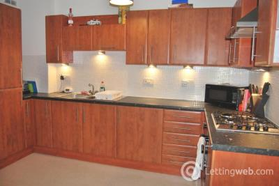 Property to rent in St Mungo's Road, Cumbernauld