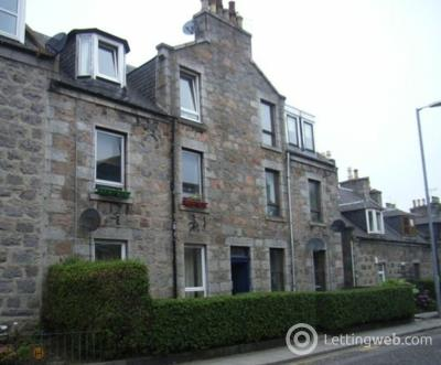 Property to rent in Mount Street