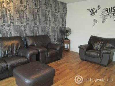 Property to rent in St Clair Street