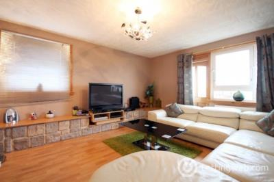 Property to rent in Kirkcaldy, Fife