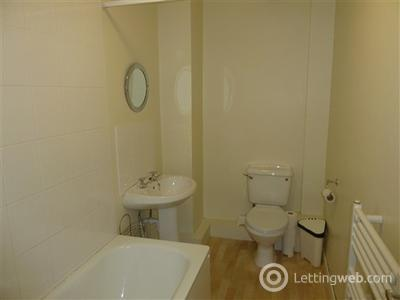 Property to rent in Simonside Terrace, Newcastle upon Tyne