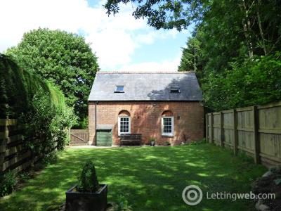 Property to rent in Clench Common Marlborough