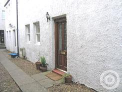 Property to rent in Court Street