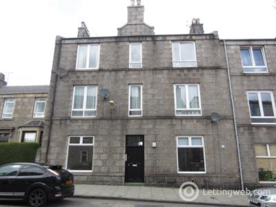 Property to rent in Pittodrie Place, First Floor Right, AB24