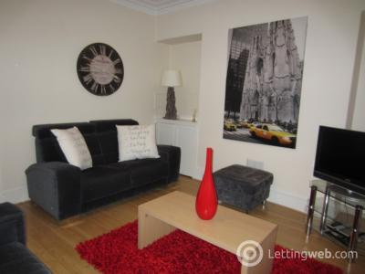 Property to rent in Wallfield Crescent, Aberdeen, AB25