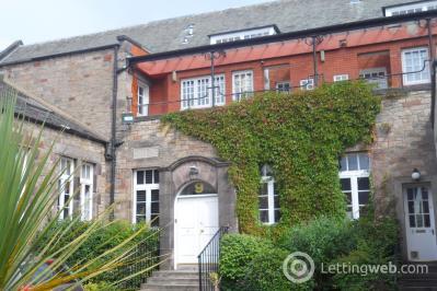 Property to rent in 9/17 St. Leonards Crag, Edinburgh