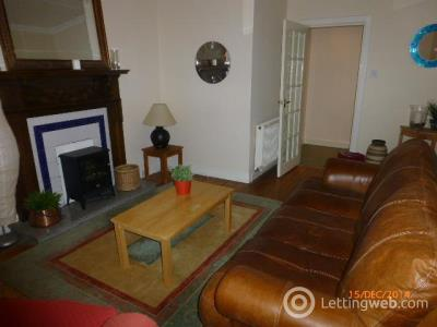 Property to rent in Lower ground flat 27 Hillhead Street