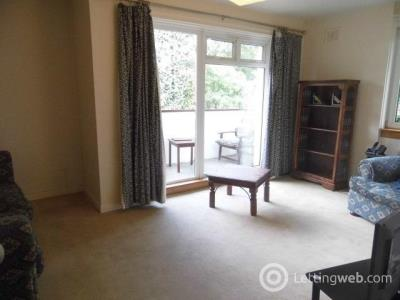 Property to rent in flat 24  318 Wedsley Court, Albert Drive