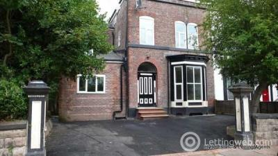 Property to rent in Flat 8, Victoria Crescent, Eccles