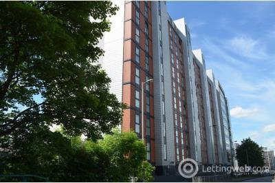 Property to rent in Stobcross Street
