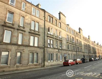 Property to rent in Broughton Road, Edinburgh, EH7 4EF