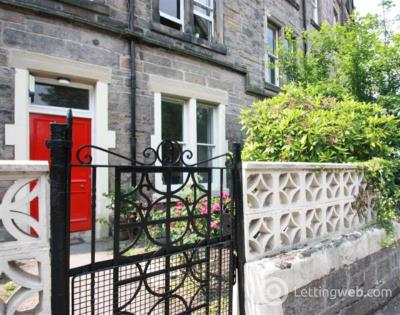 Property to rent in Marchmont Crescent, Edinburgh, EH9 1HN