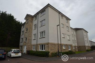 Property to rent in Broomhill Court, Causewayhead