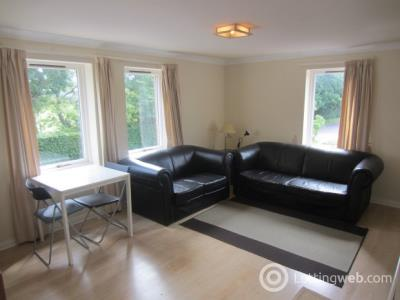 Property to rent in North Werber Place