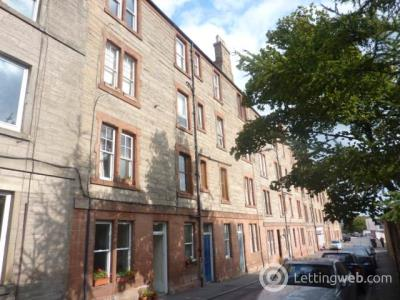 Property to rent in Hawthornvale, Edinburgh,