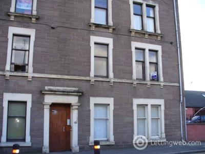 Property to rent in High Street, Lochee