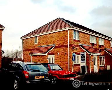 Property to rent in Hinchley Way, Swinton