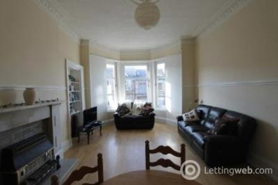 Property to rent in Garthland Drive