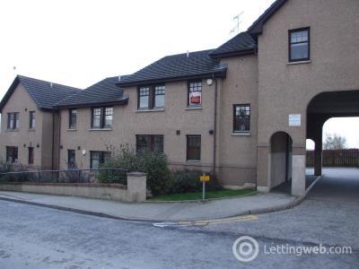 Property to rent in Cloverdale Court, Bucksburn