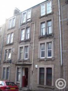 Property to rent in 6 2L Eden Street