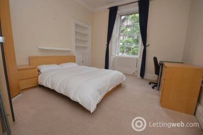 Property to rent in Lord Russell Place
