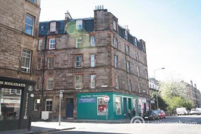 Property to rent in Cheyne Street